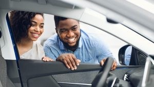 cuidados ao comprar carros usados